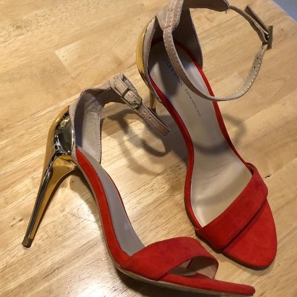 50c69735673 Zara Basics women s heels red and Tan. M 5ad69abcb7f72b0f7bf5d823